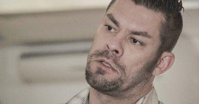 Ilja Janitskin vapautettiin vankilasta kotiarestiin odottamaan luovutusoikeudenkäyntiä