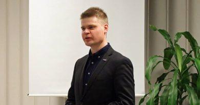 """Perussuomalaisten Jarmo Keto blogissaan: """"Vihreät ovat naiivi ja itsetuhoinen joukko"""""""